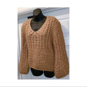 Tops - New crochet chunky knit women's sweater M